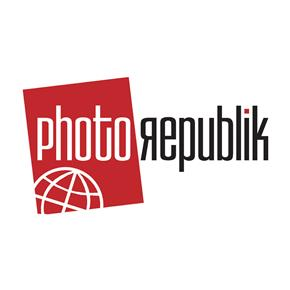 "PhotoRepublik 41"" Black/White Deep Umbrella"