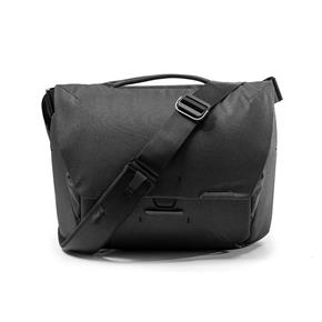Peak-Design-Everyday-Messenger-v2-Black.jpg